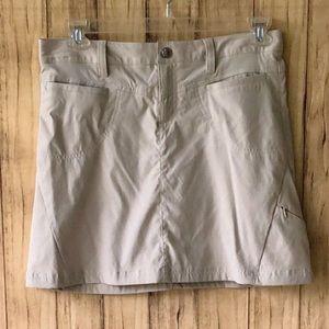 Women's Athleta Dipper Beige Skort Skirt Size 6
